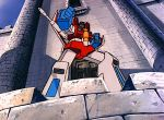 300px-G1toon_starscream_king_of_the_castle