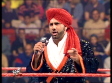 6011-no_mercy-microphone-pointing-tiger_ali-singh-wwf